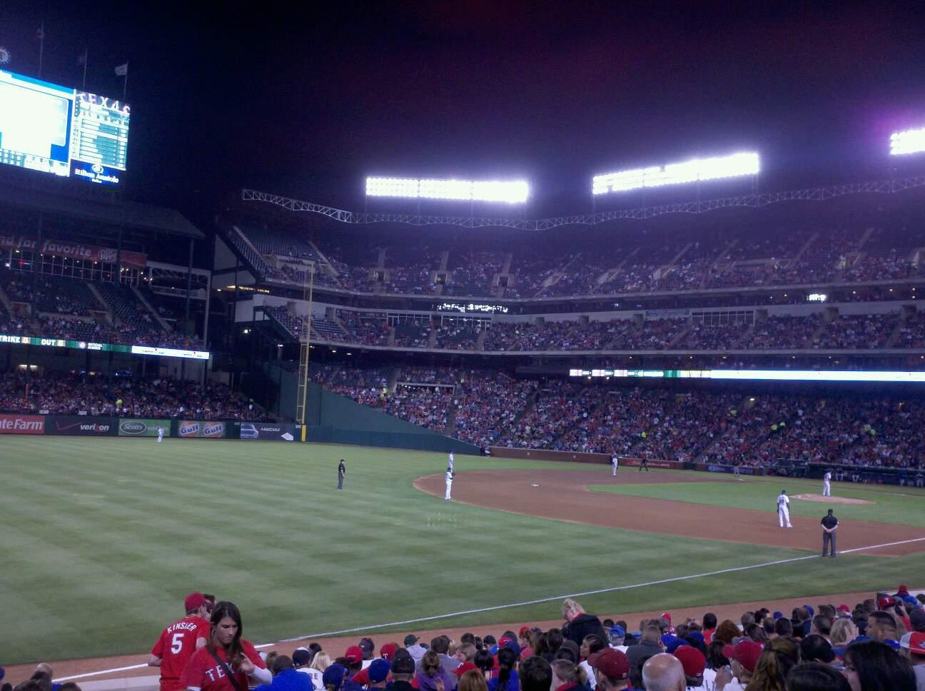 Globe Life Park in Arlington Section 13 Row 9 Seat 8