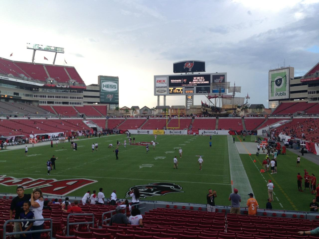 Raymond James Stadium section 125 row X seat 8 - Tampa Bay ...