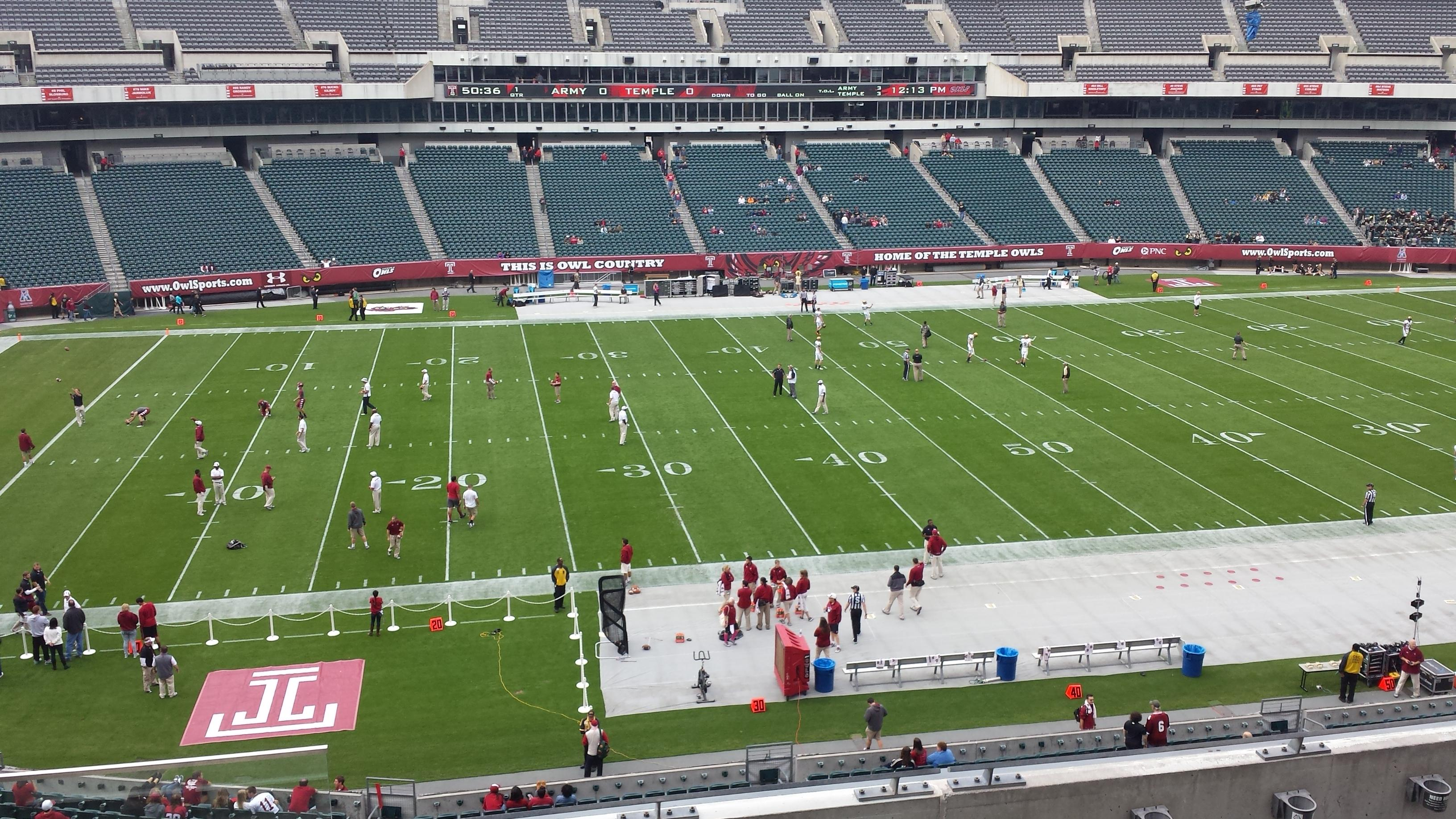Lincoln Financial Field Section C20 Row 4 Seat 22 Temple