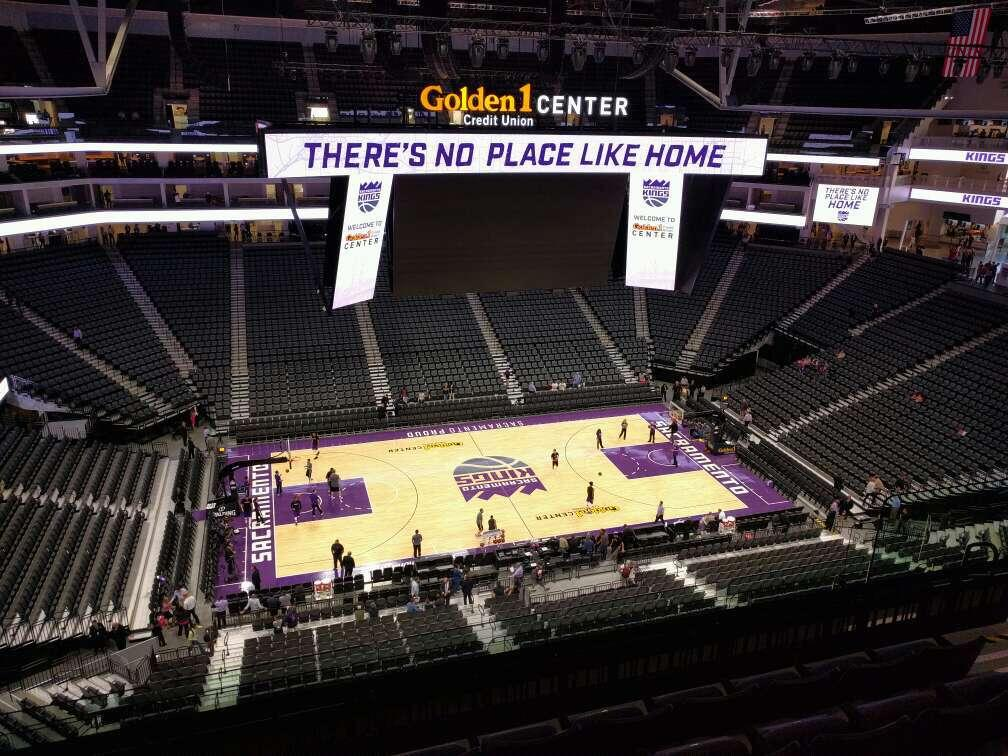 Golden 1 Center Section 206 Row g Seat 8