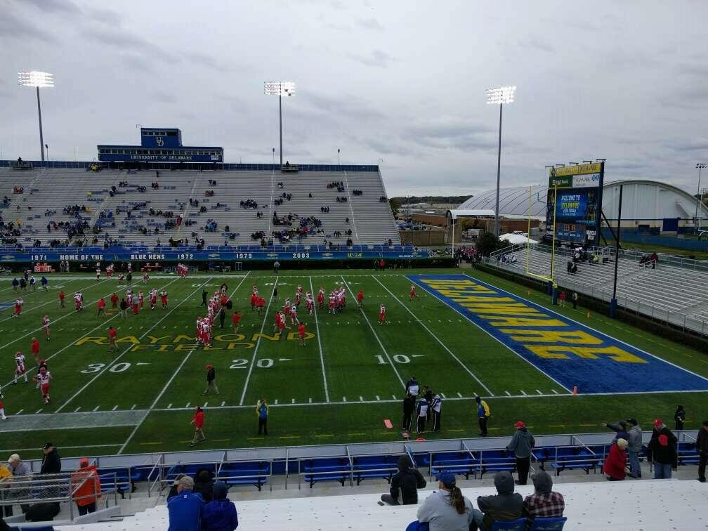 Delaware Stadium Section i Row t Seat 20