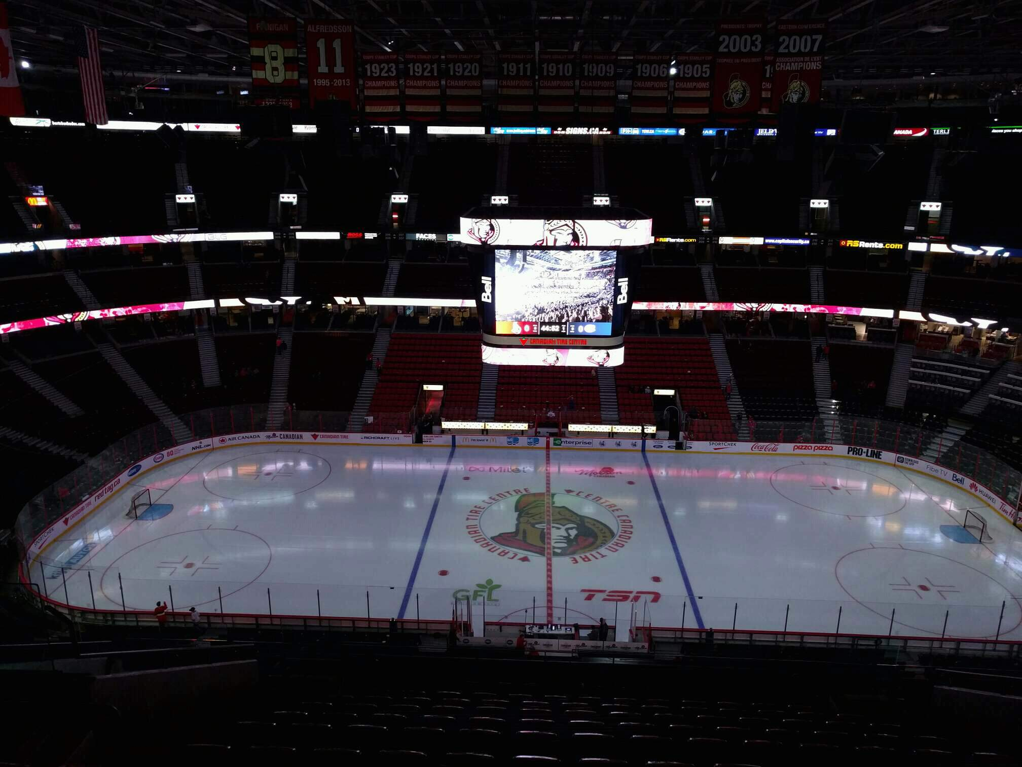 Canadian Tire Centre Section 323 Row n Seat 14