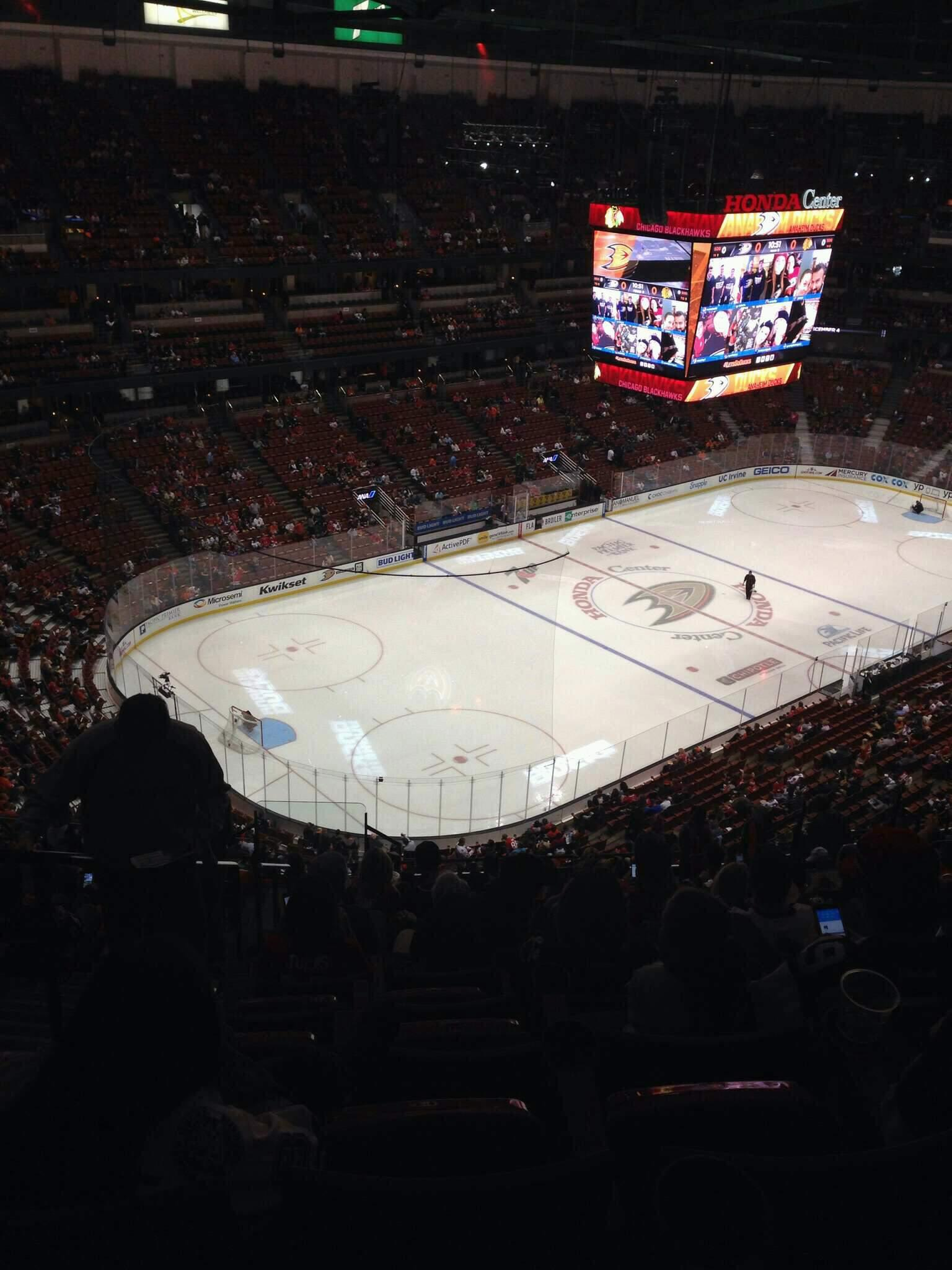 Honda Center Section 439 Row s Seat 14
