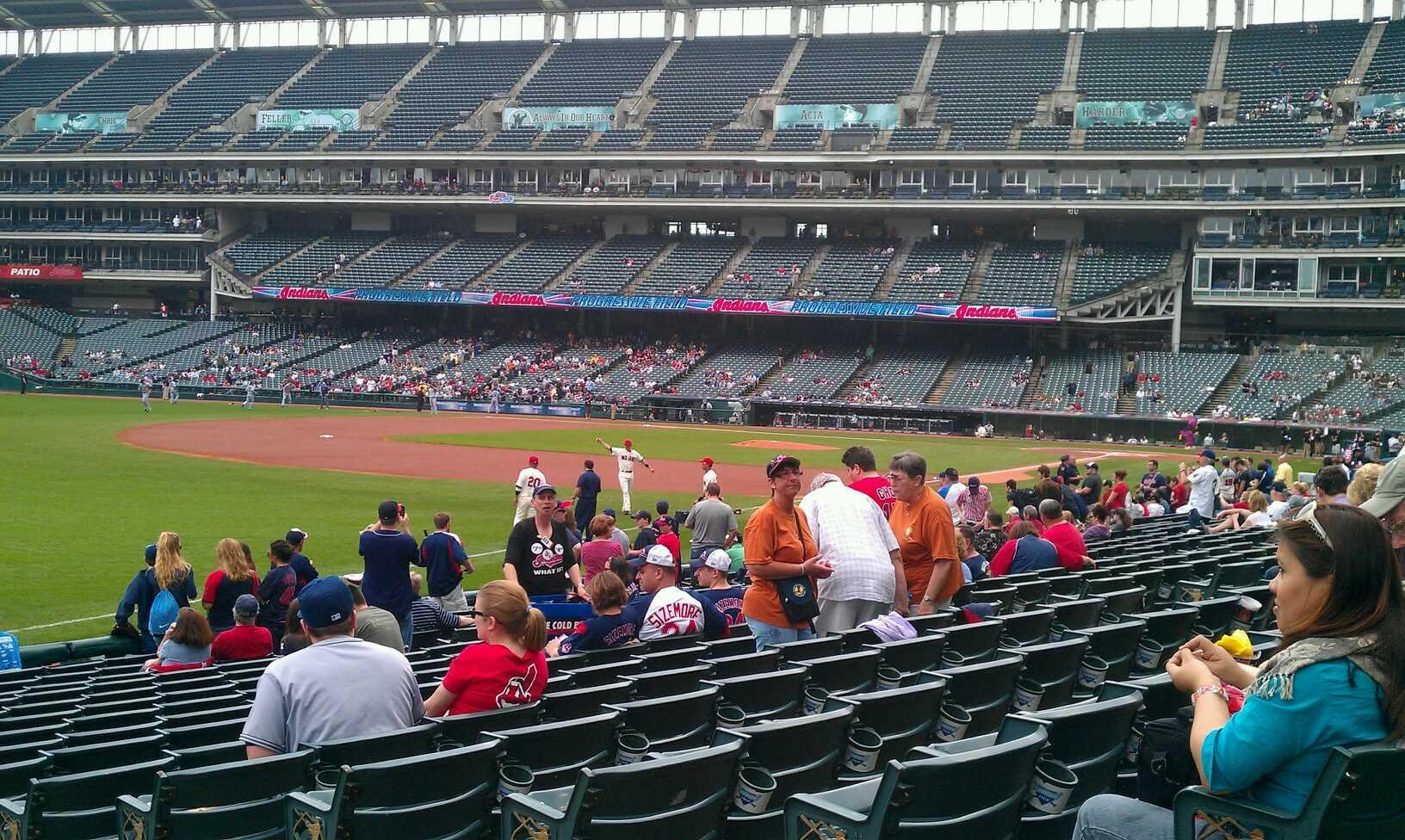 Progressive Field Section 174 Row R Seat 3
