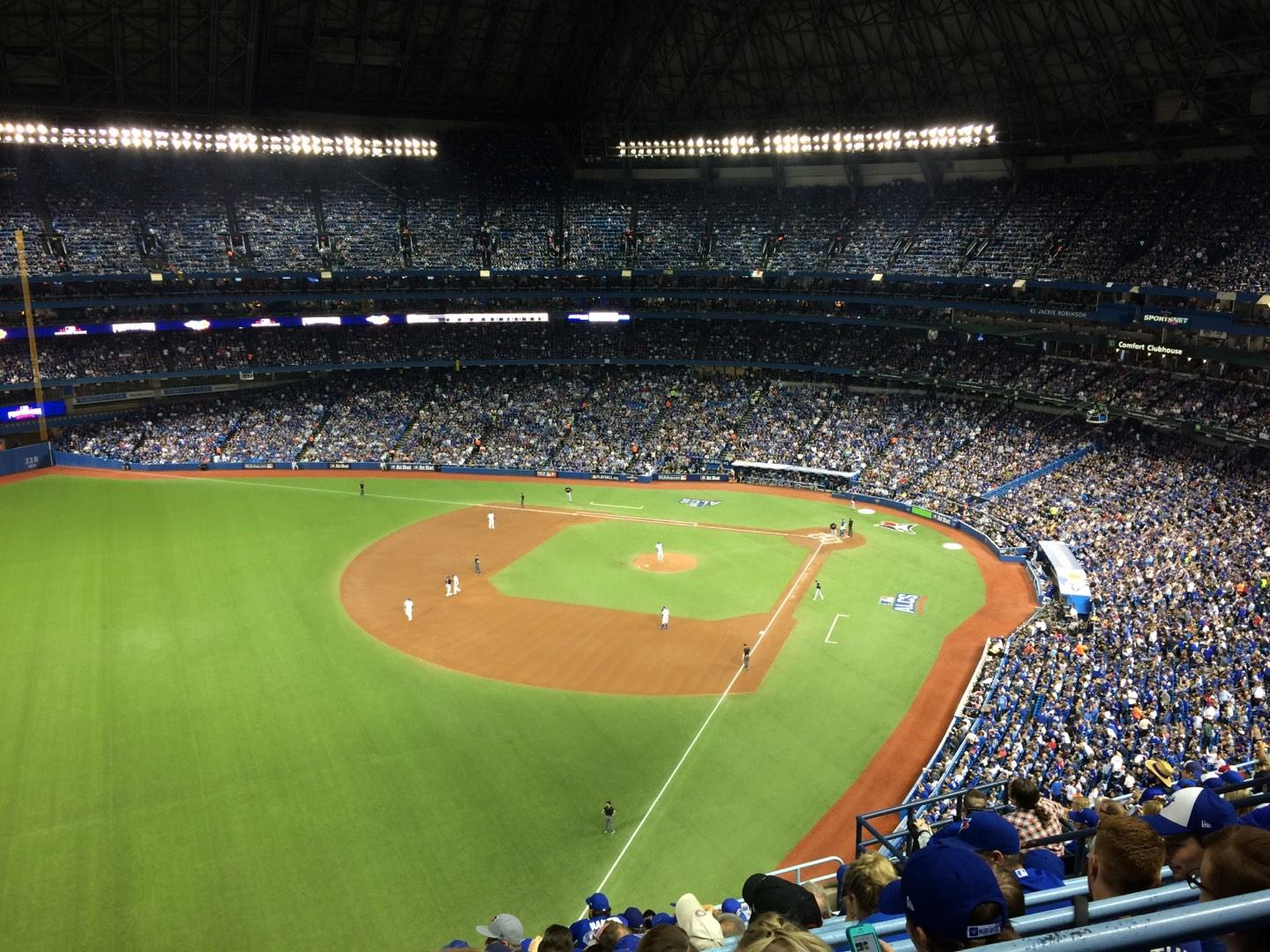 Rogers Centre Section 537L Row 13 Seat 111