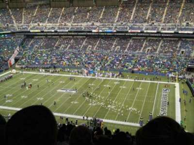 CenturyLink Field, section: 331, row: LL, seat: 16