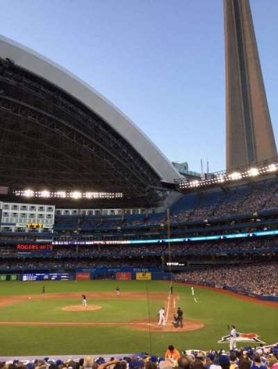 Rogers Centre, section: 124L, row: 27, seat: 106