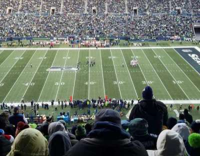 CenturyLink Field, section: 334, row: R, seat: 18