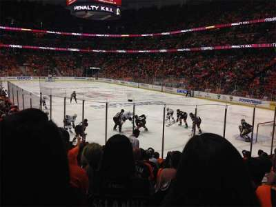 Honda Center, section: 203, row: M, seat: 9