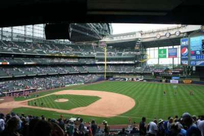 Miller Park, section: 211, row: 18, seat: 17