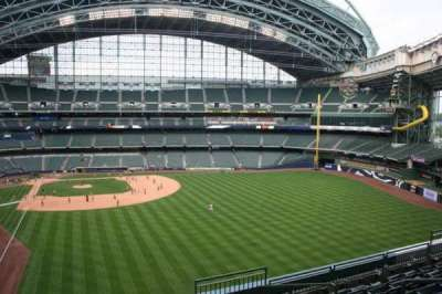 Miller Park, section: 304, row: 7, seat: 6