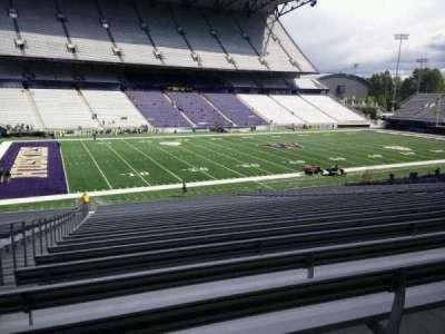 Husky Stadium, section: 109, row: 40, seat: 25