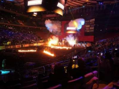 Madison Square Garden, section: 104, row: 10, seat: 14