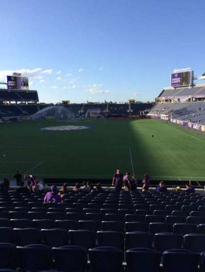 Camping World Stadium, section: 121, row: Q, seat: 8