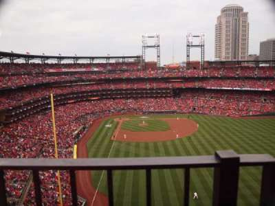 Busch Stadium, section: 428, row: 1, seat: 18