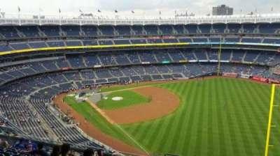 Yankee Stadium, section: 409, row: 11, seat: 1