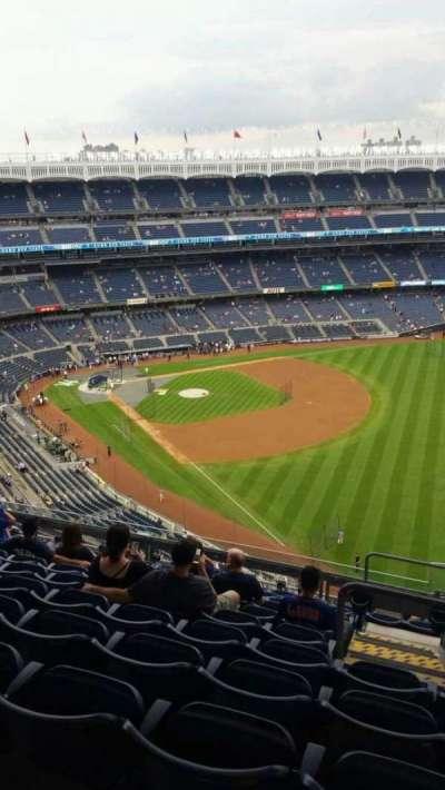 Yankee Stadium, section: 409, row: 11, seat: 2