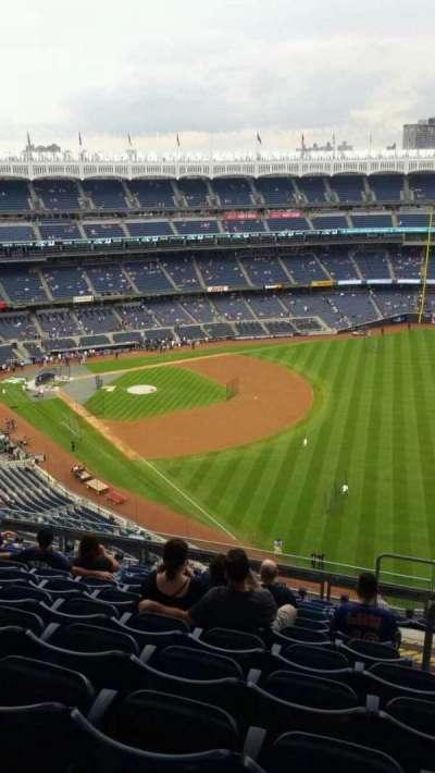 Yankee Stadium, section: 409, row: 11, seat: 4