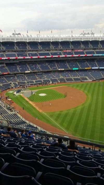 Yankee Stadium, section: 409, row: 11, seat: 8
