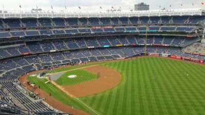 Yankee Stadium, section: 409, row: 11, seat: 13