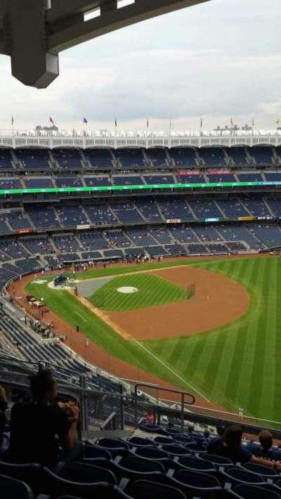 Yankee Stadium, section: 409, row: 11, seat: 16