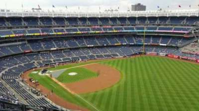 Yankee Stadium, section: 409, row: 11, seat: 17