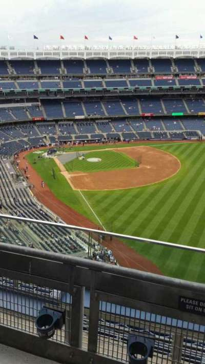Yankee Stadium, section: 408, row: 2, seat: 1