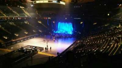 Madison Square Garden, section: 207, row: 3, seat: 1