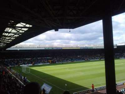 Elland Road, section: SE1, row: J, seat: 0018