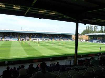 Gigg Lane, sección: South Stand, fila: T, asiento: 54