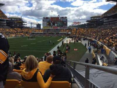 Heinz Field, section: 125, row: P, seat: 1
