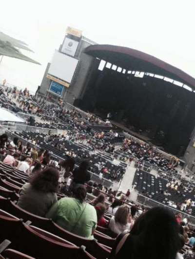 Jones Beach Theater, section: 6L, row: PP, seat: 13