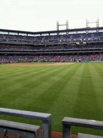 Citizens Bank Park, section: 102, row: 1, seat: 15