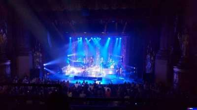 Beacon Theatre, section: Loge2, row: C, seat: 4