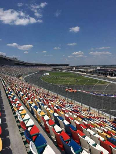 Charlotte Motor Speedway, section: Ford D, row: 18