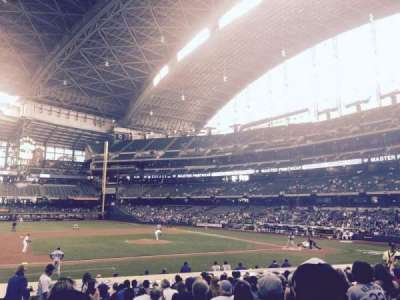 Miller Park, section: 122, row: 20, seat: 21