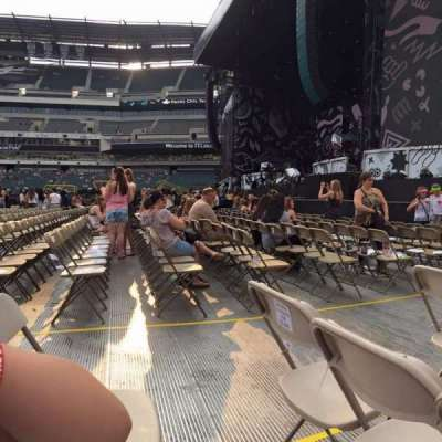 Lincoln Financial Field, section: F6, row: 7, seat: 4