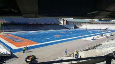 Albertsons Stadium, section: 28, row: T, seat: 1
