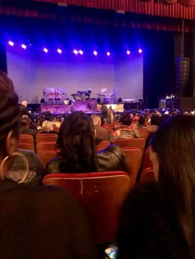 Chicago Theatre, section: Mnfl4L, row: C, seat: 417