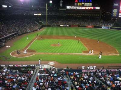 Turner Field, section: 309, row: 1, seat: 5