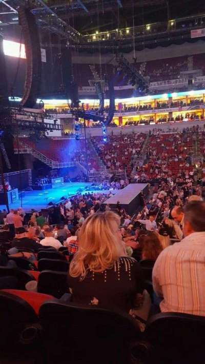 KFC Yum! Center, section: 117, row: W, seat: 1