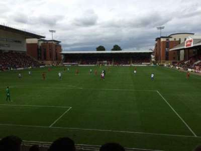 Matchroom Stadium, section: B, row: H, seat: 28
