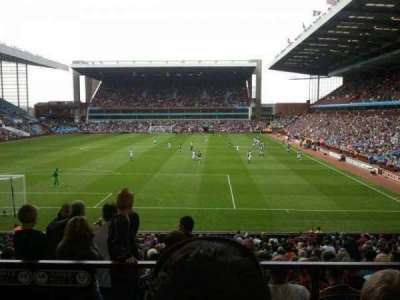 Villa Park, section: L4, row: EE, seat: 86