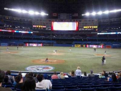 Rogers Centre, section: 121R, row: 17, seat: 8