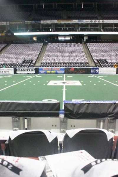 Jacksonville Veterans Memorial Arena, section: 114, row: C, seat: 10