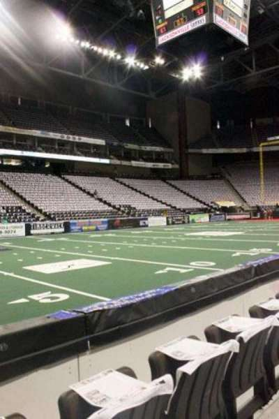 Jacksonville Veterans Memorial Arena, section: 116, row: B, seat: 8