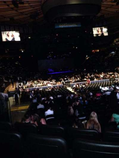 Madison Square Garden, section: 101, row: 9, seat: 7