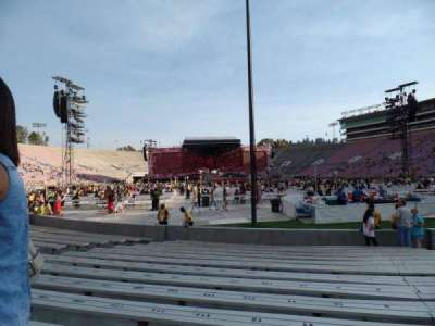 Rose Bowl section 10-H