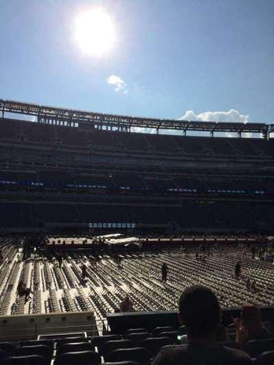 MetLife Stadium, section: 115c, row: 9, seat: 10
