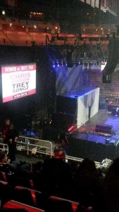 joe louis arena, section: 209, row: 11, seat: 8